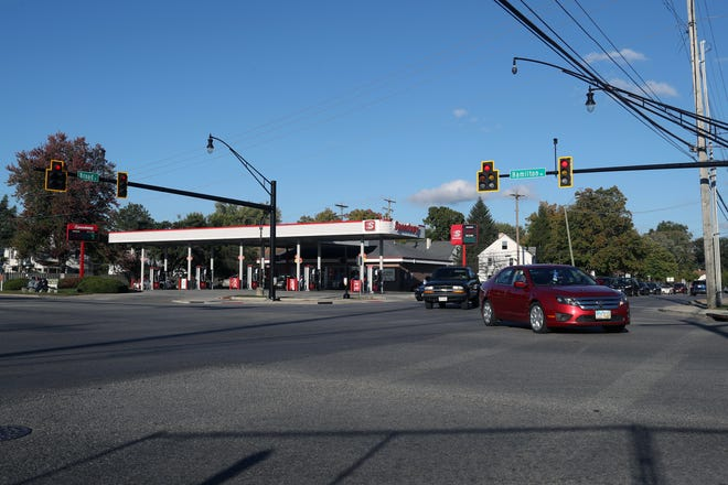 Vehicles pass through the East Broad Street and South Hamilton Road intersection Oct. 5 in Whitehall. The crossroads is slated for improvements that will include dual left-turn lanes on three sides of the intersection.