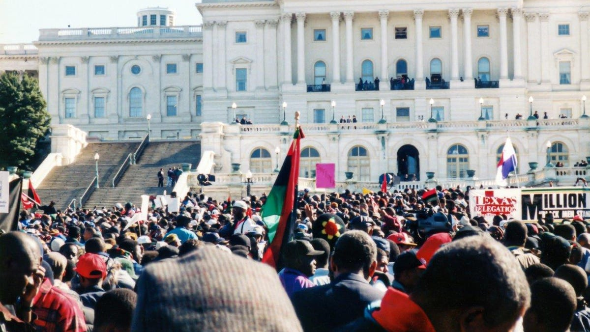 25 years ago, Black men united in their pain – and power. This is what the Million Man March meant to participants.