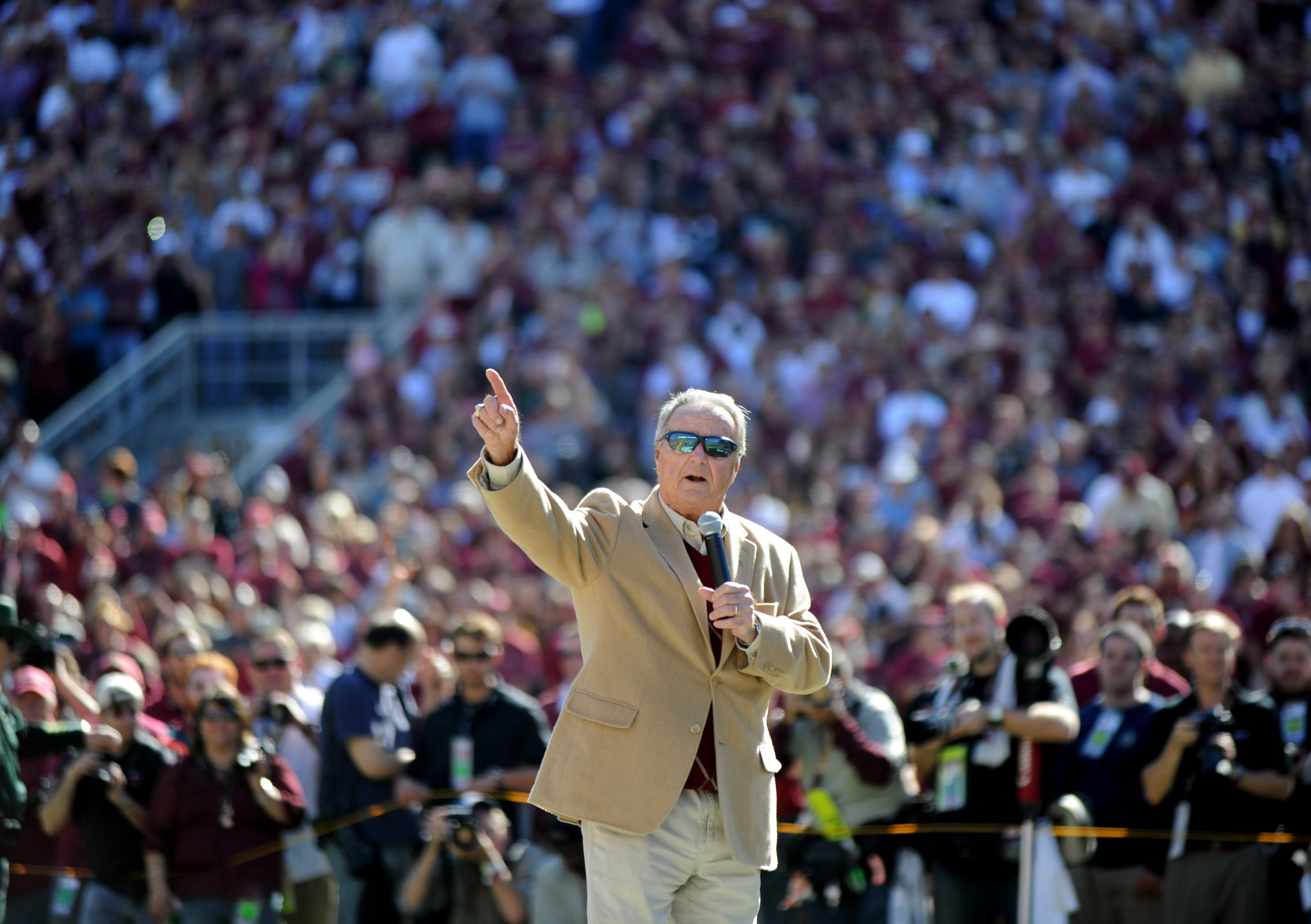 Bobby Bowden readmitted to hospital as precautionary measure after COVID-19 diagnosis