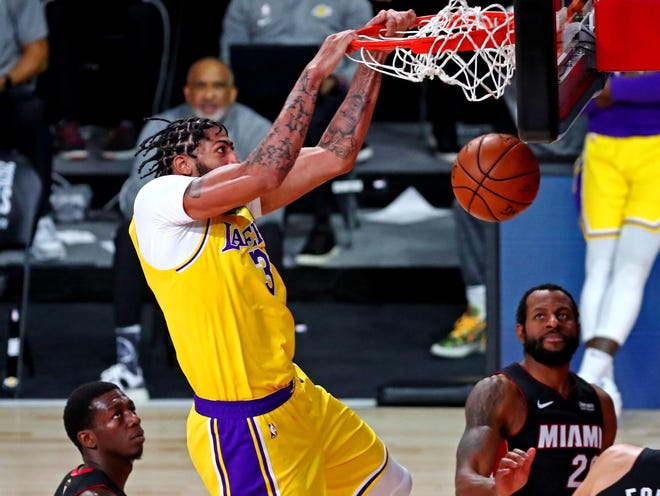 Game 4: Lakers forward Anthony Davis throws down the two-handed flush during the second quarter.