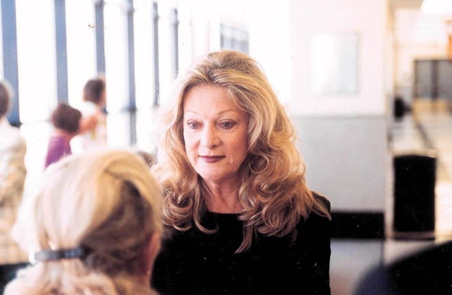 """Kathleen """"Kate"""" DuRoss Ford is seen here in 2000. Ford, an autoworker's daughter who became a model, an accomplished photographer and the wife of the head of the Ford Motor Co., died in May. [Jacek Gancarz/palmbeachdailynews.com]"""