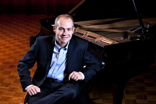"At 7 p.m. today, Piano Conversations, led by   Zahari Metchkov, will virtually offer its first concert of the season, ""Blazing Strings: Cremona Violin Edition."""
