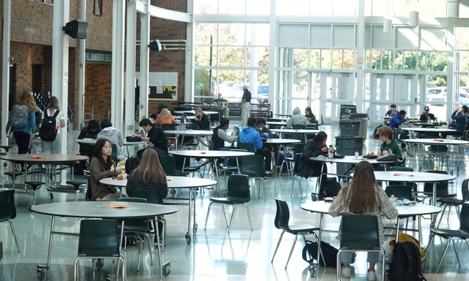 Students spaced out in Novi High School's atrium cafeteria on Oct. 8, 2020.