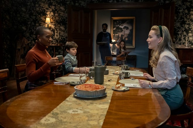 New nanny Dani (Victoria Pedretti, far right) is welcomed to the house by Hannah (T'Nia Miller), Miles (Benjamin Evan Ainsworth), Owen (Rahul Kohi) and Flora (Amelie Smith) in 'The Haunting of Bly Manor.""