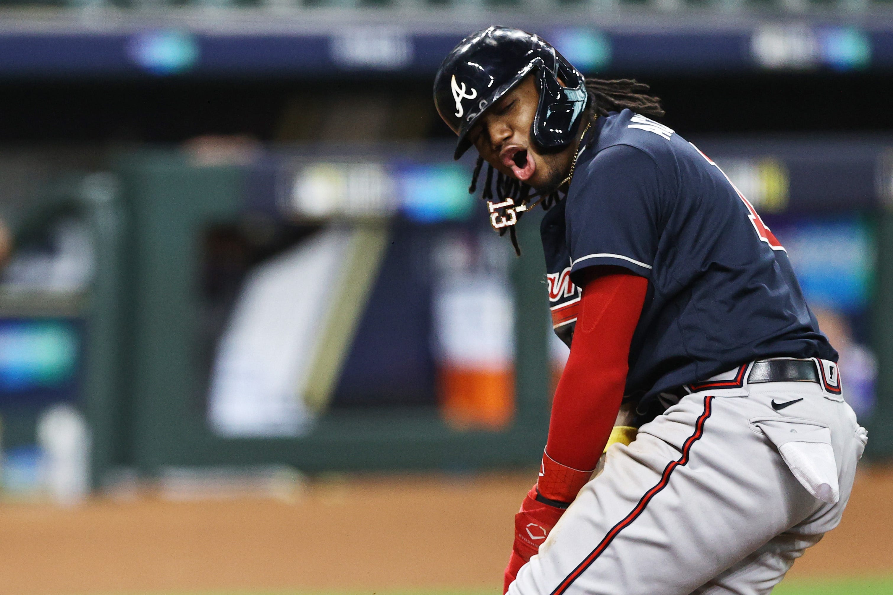 Braves sweep Marlins, advance to NLCS