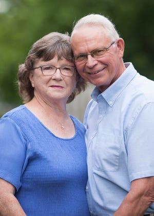 Mr. and Mrs. Ron Hinebaugh