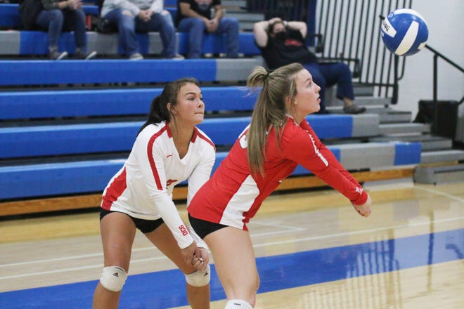 Audrey Anderson answers a Roland-Story serve on Thursday, Oct. 8 in the Jayette Invitational in Perry.