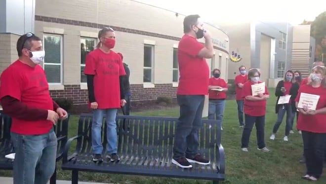 Streetsboro's two unions discuss their next steps after nearly a year of unsuccessful contract negotiations.
