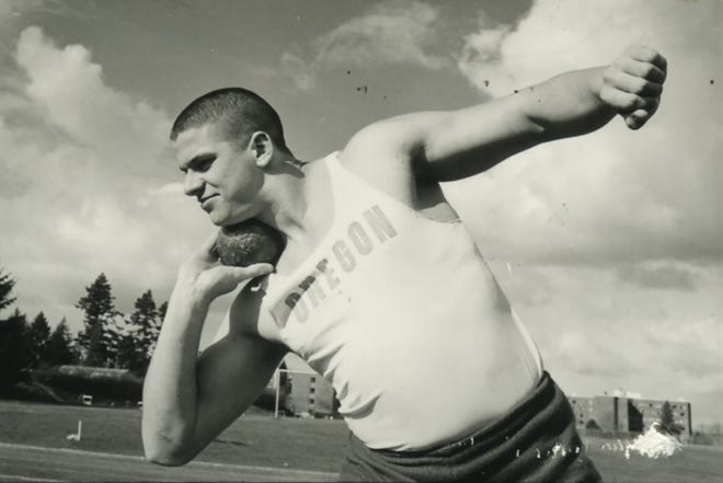 Neal Steinhauer, an NCAA shot put champion for Oregon and a graduate of North Eugene High, died last month at age 76.