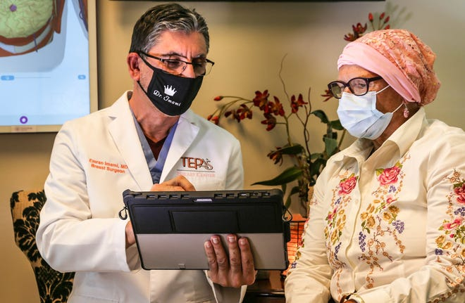 Dr. Emran Imami with patient Lynn Meyer during a recent mammogram screening.