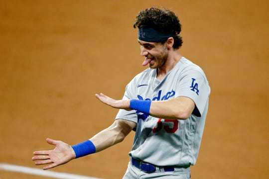 Cody Bellinger and the Dodgers beat the Padres in Game 3 of the NLDS.