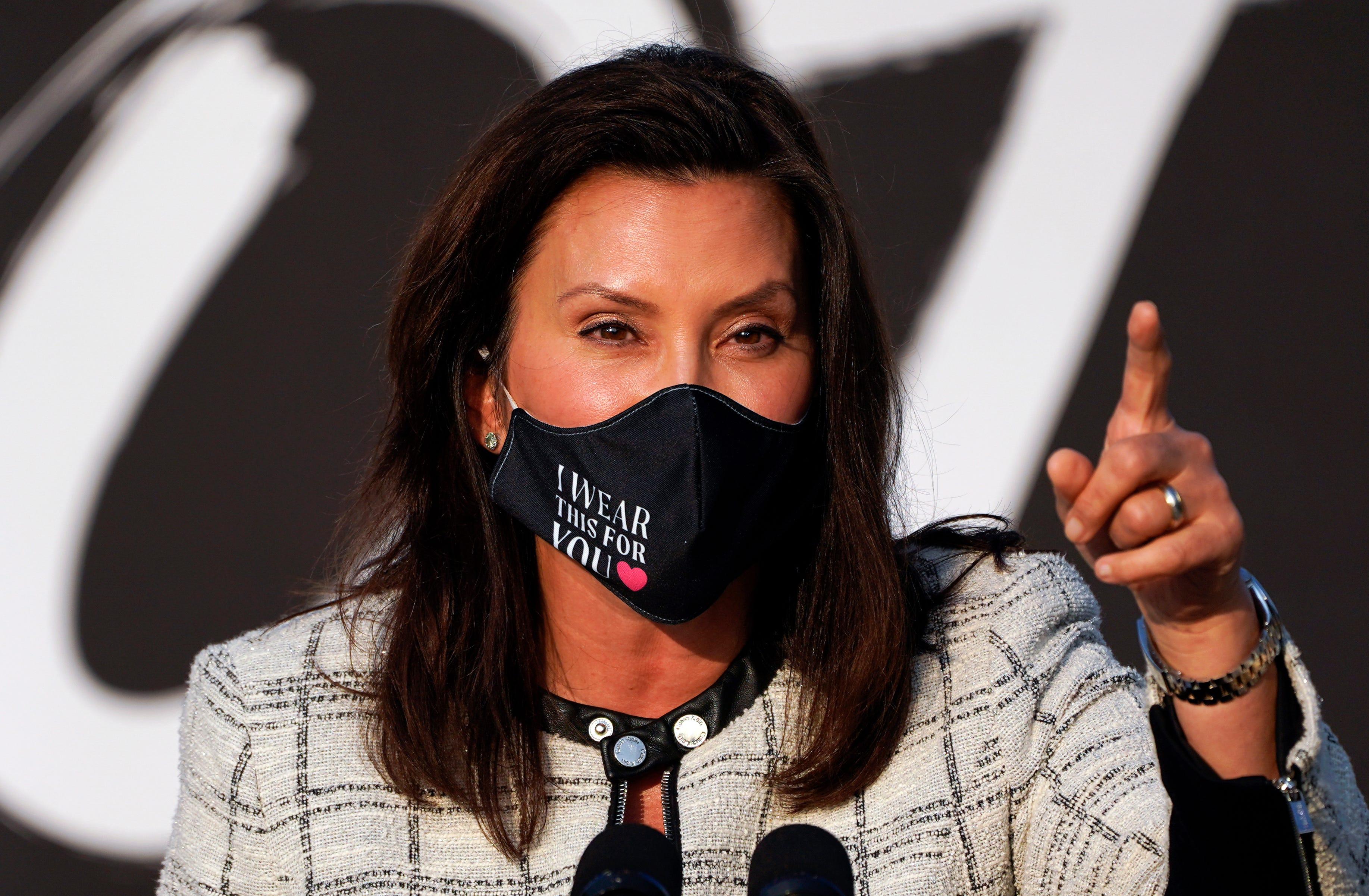 Trump says Whitmer didn t say  thank you  after thwarted kidnapped plot. She did thank law enforcement
