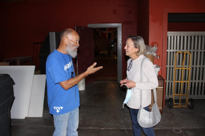 Garry Raymond speaks with Ardmore Beautification board member Maria Wilkinson recently at Gladiators Gym in downtown Ardmore.