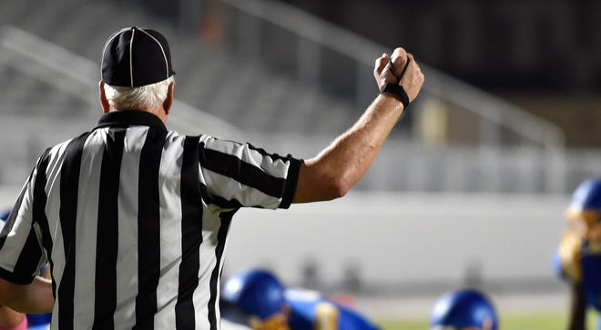 Rivalry games between Manatee and Braden River, Palmetto and Southeast and Charlotte and Port Charlotte are on the Week 8 slate.