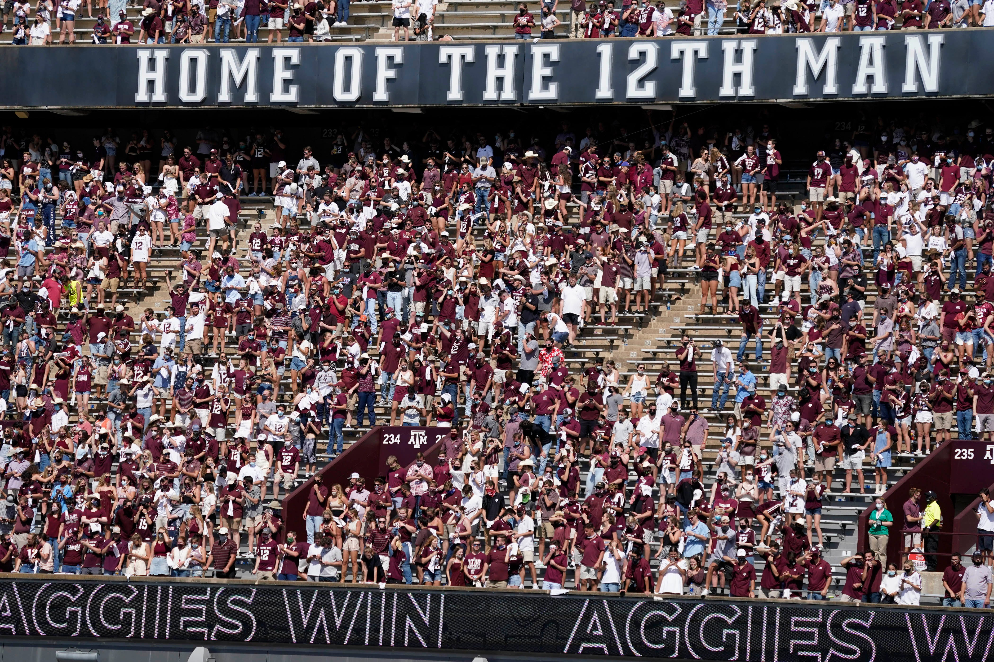 Best celebration photos from Texas A&M's upset win over Florida
