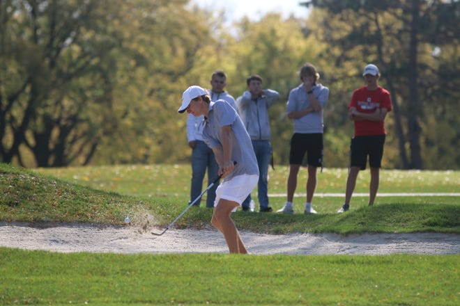 Waukee's Brock Seiser with a bunker shot during the Class 4A state meet on Saturday, Oct. 10 in Des Moines.