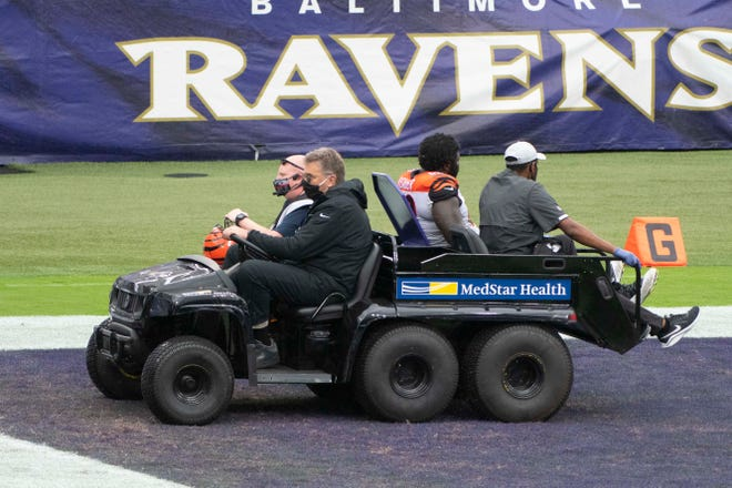 Oct 11, 2020; Baltimore, Maryland, USA;  Cincinnati Bengals nose tackle D.J. Reader (98) is taken off the field during the second half against the Baltimore Ravens at M&T Bank Stadium.