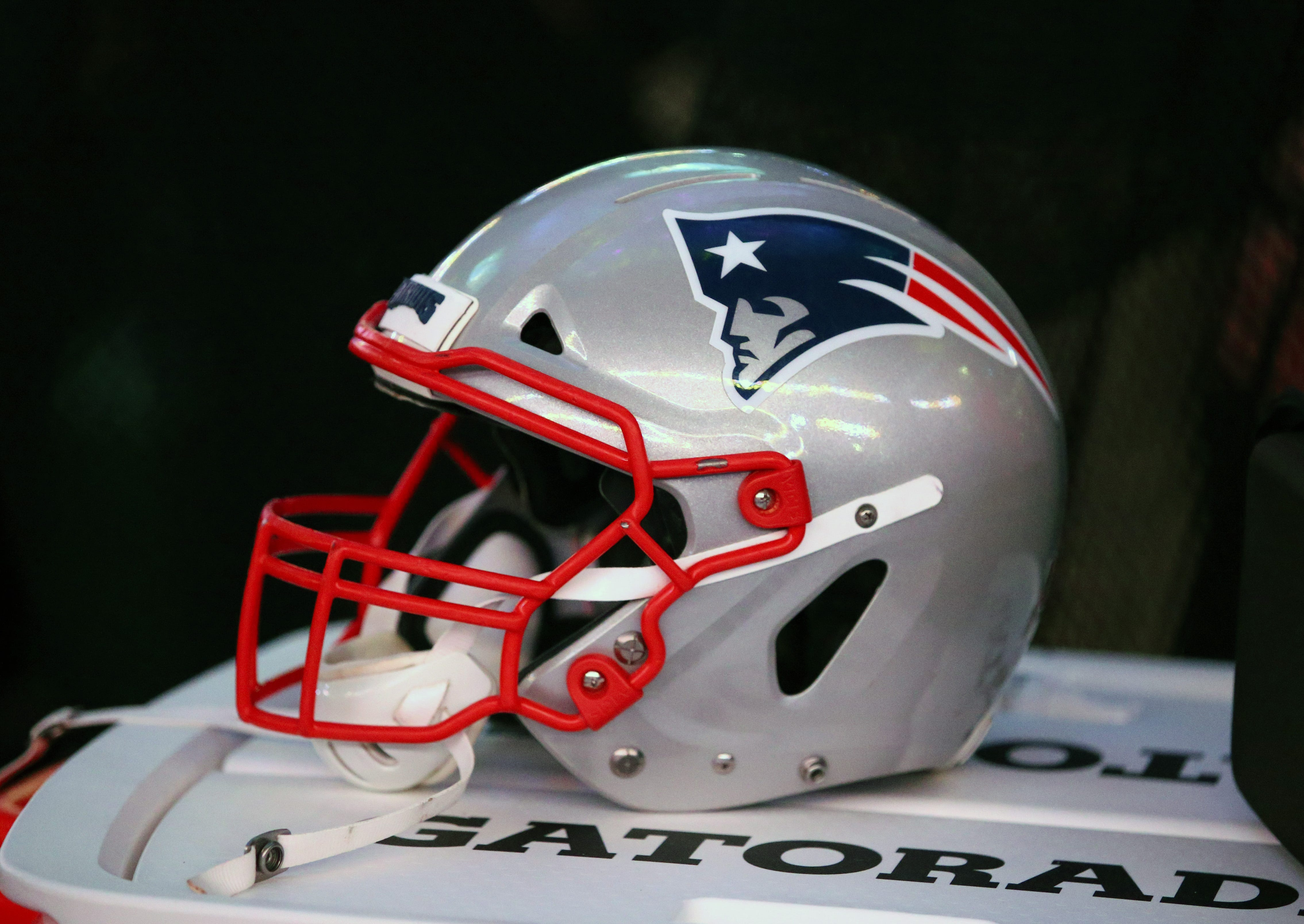 Patriots shut down practice after new positive COVID test; Broncos game moved, per report