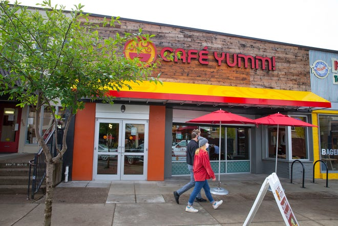 Cafe Yumm! has opened a new restaurant in the University of Oregon East 13th Avenue neighborhood.