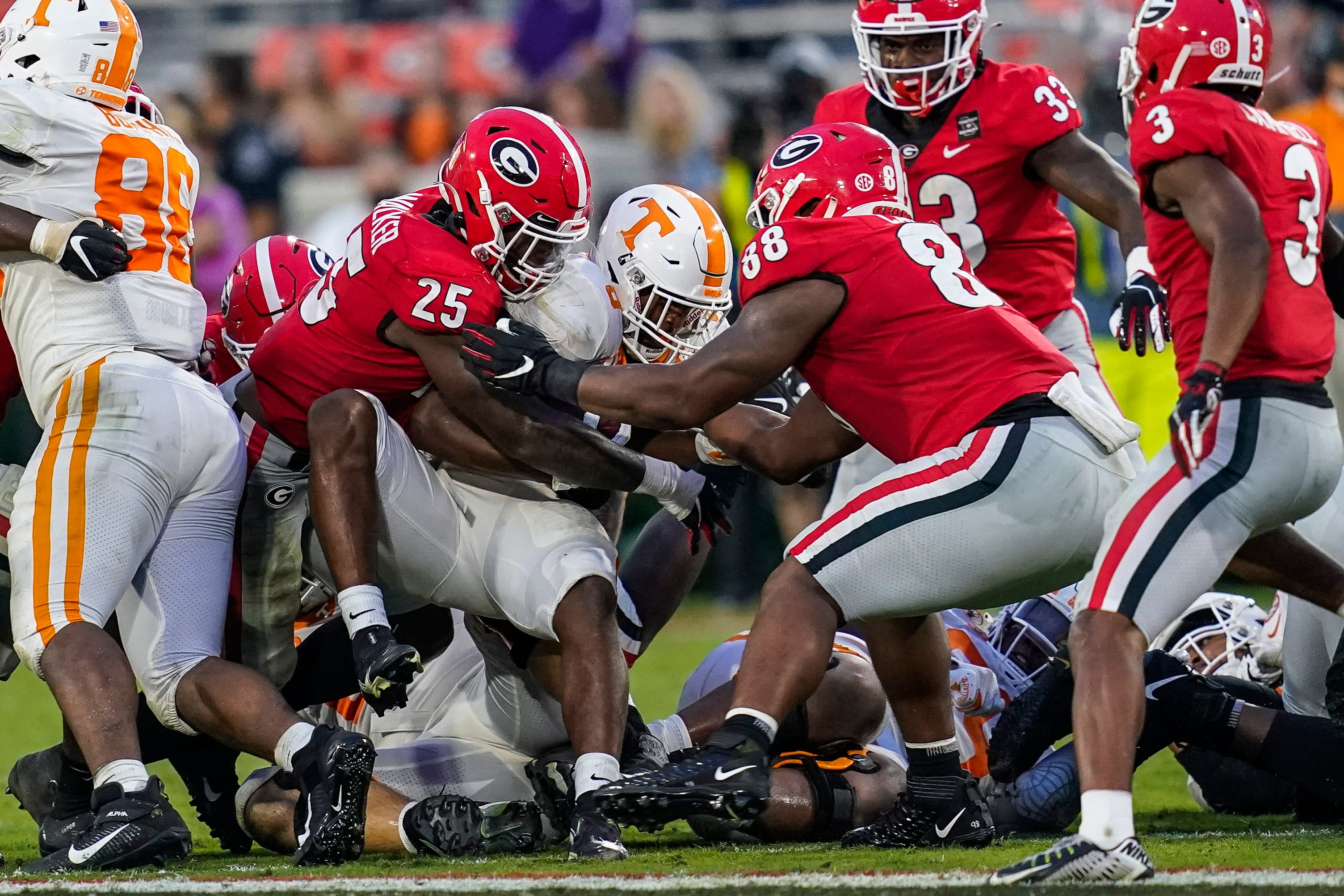 Florida, LSU and others in the SEC suffer steep drops in this week's NCAA Re-Rank 1-126