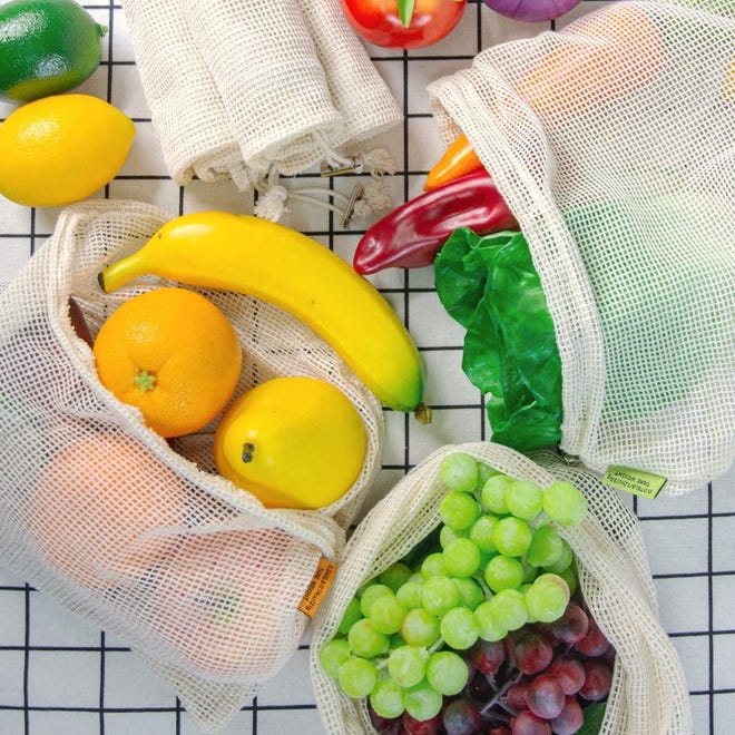 Tiblue's reusable cotton mesh produce bags are better for the environment while keeping your fruits and veggies fresh longer.
