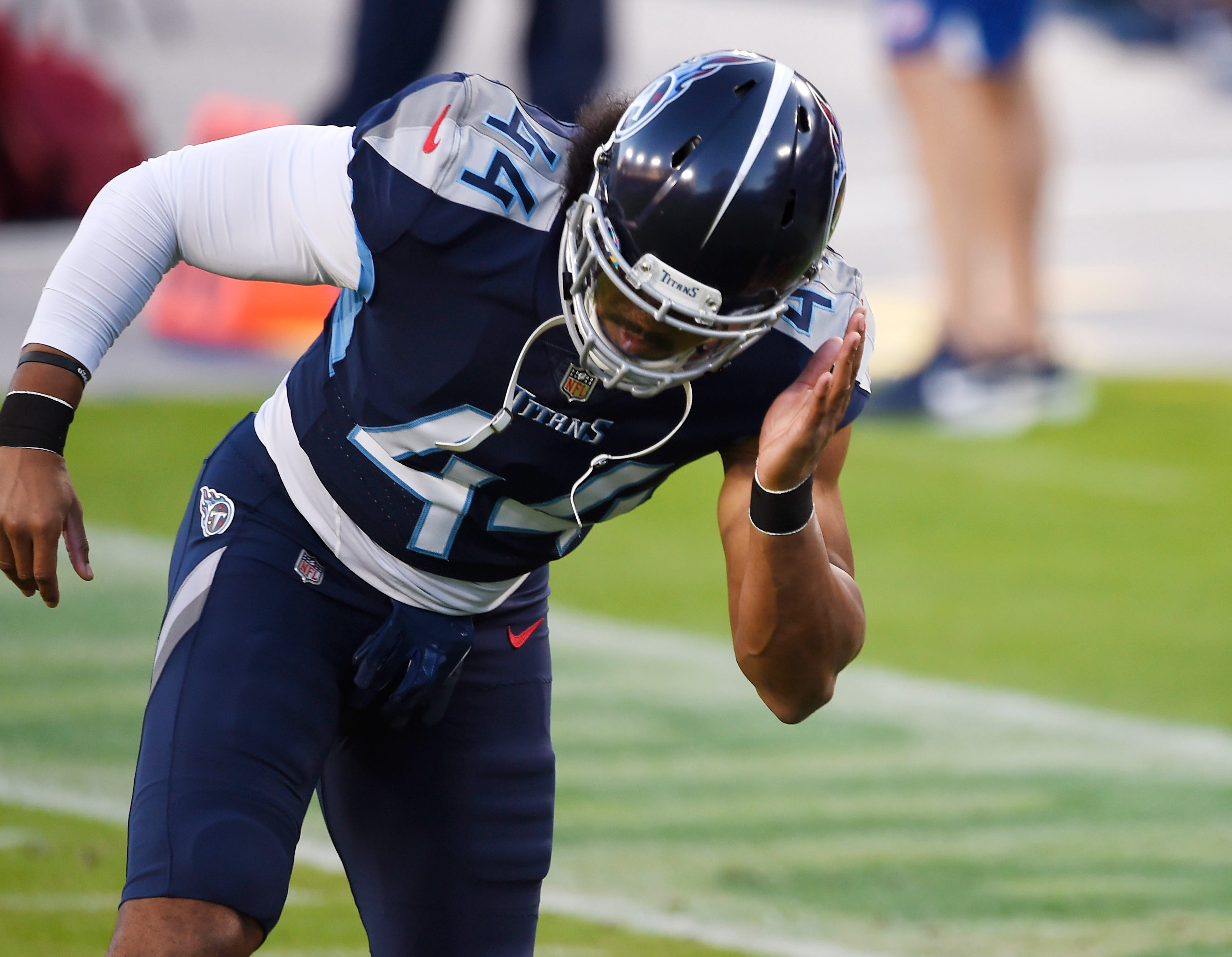 Tennessee Titans to release outside linebacker Vic Beasley after he plays in just five games