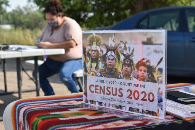 En esta fotografía del 26 de agosto de 2020 se muestra un letrero que promueve la participación de los indígenas norteamericanos en el censo de 2020, en Lodge Grass, Montana.