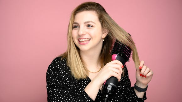 The internet is obsessed with this hair dryer brush.