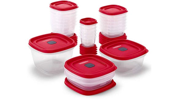 Buyers especially loved the vented lids included with the three largest containers.