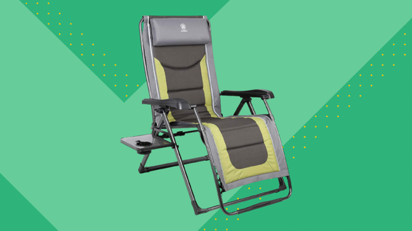 Prime Members can get the Ever Advanced XL Zero Gravity Chair for a discounted price.