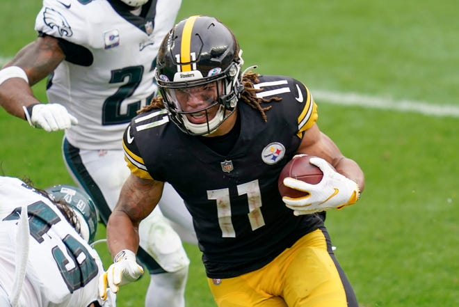 Steelers wide receiver Chase Claypool heads to the end zone for one of his four touchdowns in Week 5 against the Eagles.