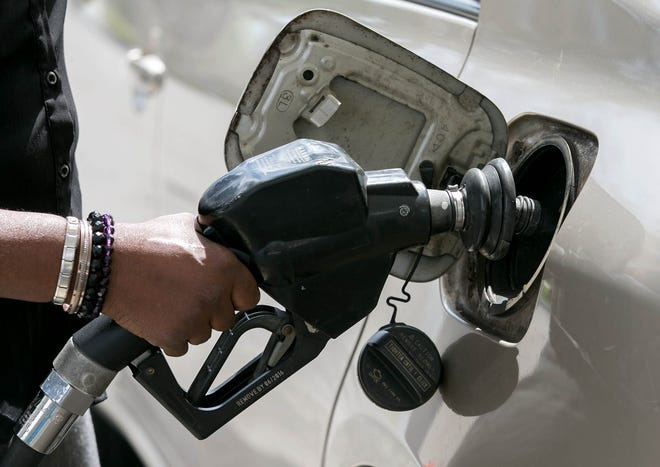 State lawmakers file legislation to combat skimmers at gas pump.