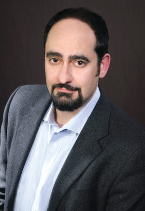 "Baritone Marco Nistico, who has sung with Sarasota Opera since 2008 and directed ""The Elixir of Love"" earlier this year, has been named the company's new artistic administrator."