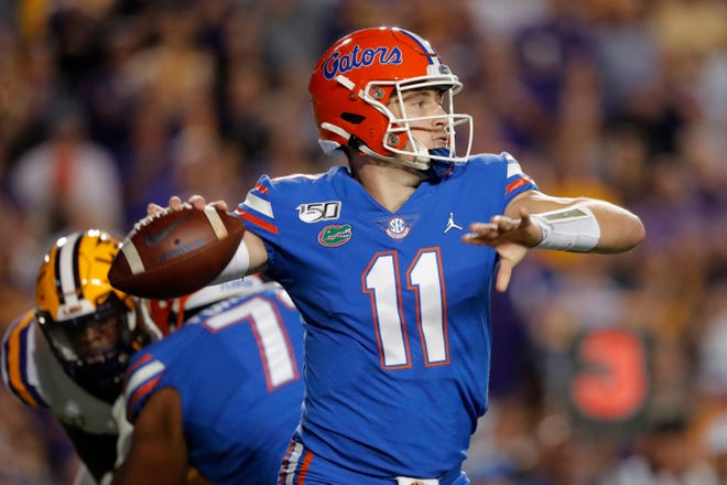 Florida quarterback Kyle Trask passes in the first half of last year's game against LSU in Baton Rouge, La.
