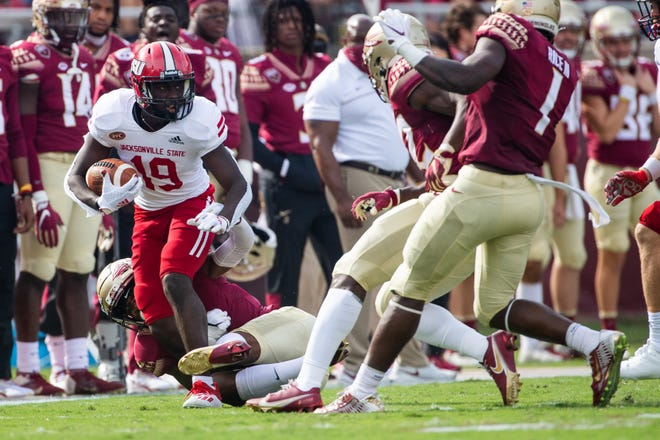 Jacksonville State's Quan Charleston runs with the ball against Florida State on Oct. 3.  .