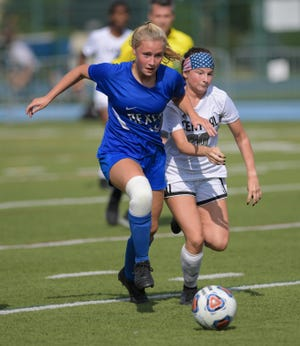Ivy Simpson and the Bexley girls soccer team captured the program's first league championship since 2011 by going 6-1-1 in the MSL-Ohio Division. The Lions are seeded third for the Division II district tournament.