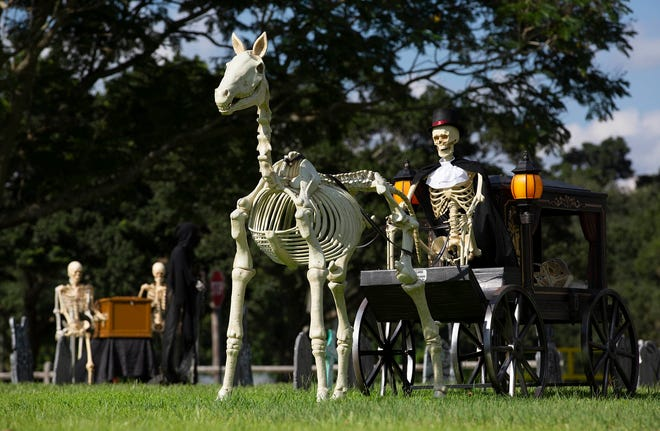 The Village of Wellington is holding a drive-thru Creepy Crawl at the Village Park Saturday, Oct. 17th from 6-10 PM.