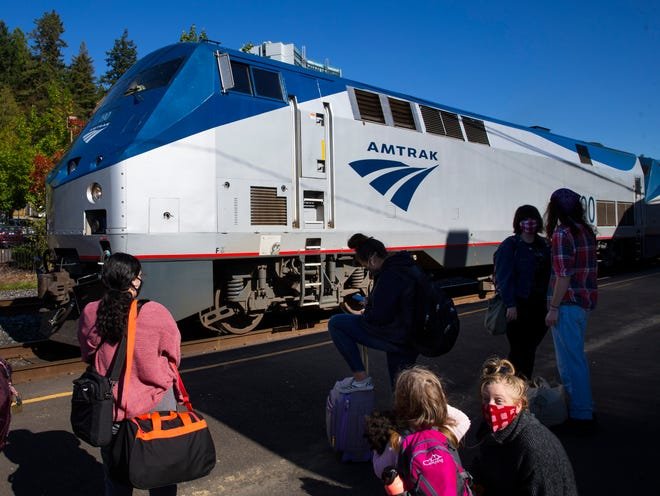 The Amtrak Coast Starlight rolls into Eugene on Thursday. The Coast Starlight route, created in 1971, offers service from Los Angeles to Seattle, runningnorth and south along California, Oregon and Washington.