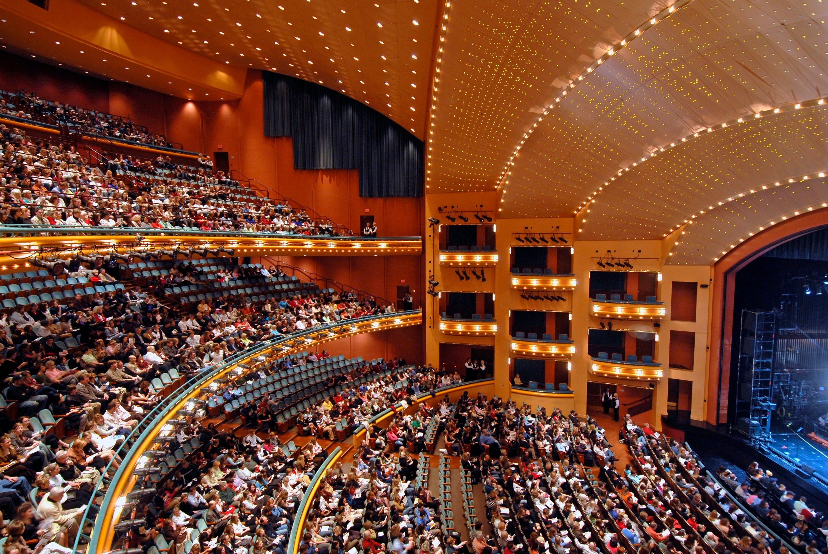 Aronoff Center, Music Hall to require vaccinations or negative COVID-19 tests for entry
