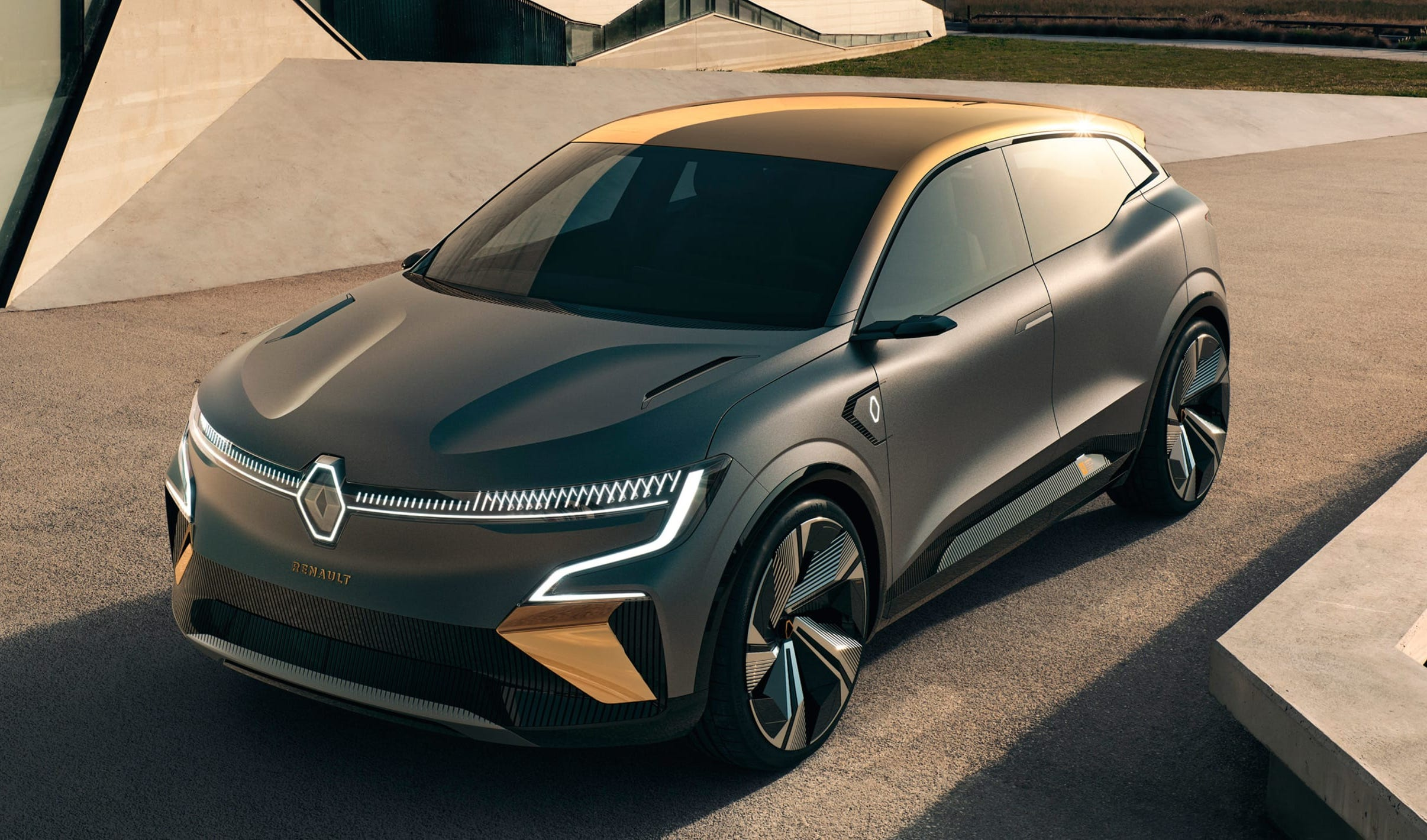 Renault Bolsters Electric Car Lineup After Squandering Lead
