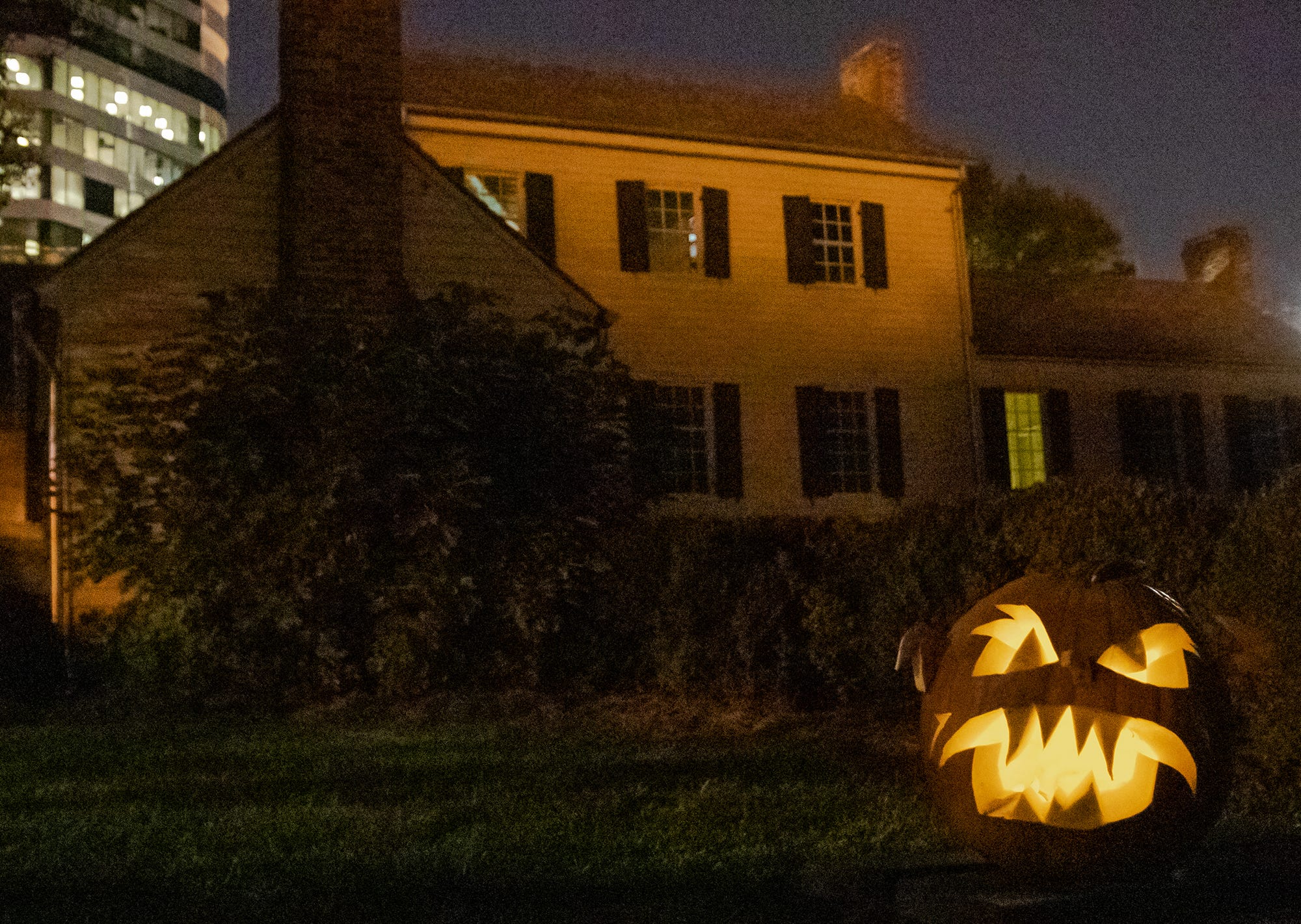 Tennessee funeral home's 'Gone To Rest' takes visitors on a hauntingly historic Halloween trip