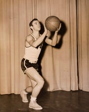 Bill Anderson was an outstanding basketball player. He was 5 foot 10 and could still dunk at the age of 40.