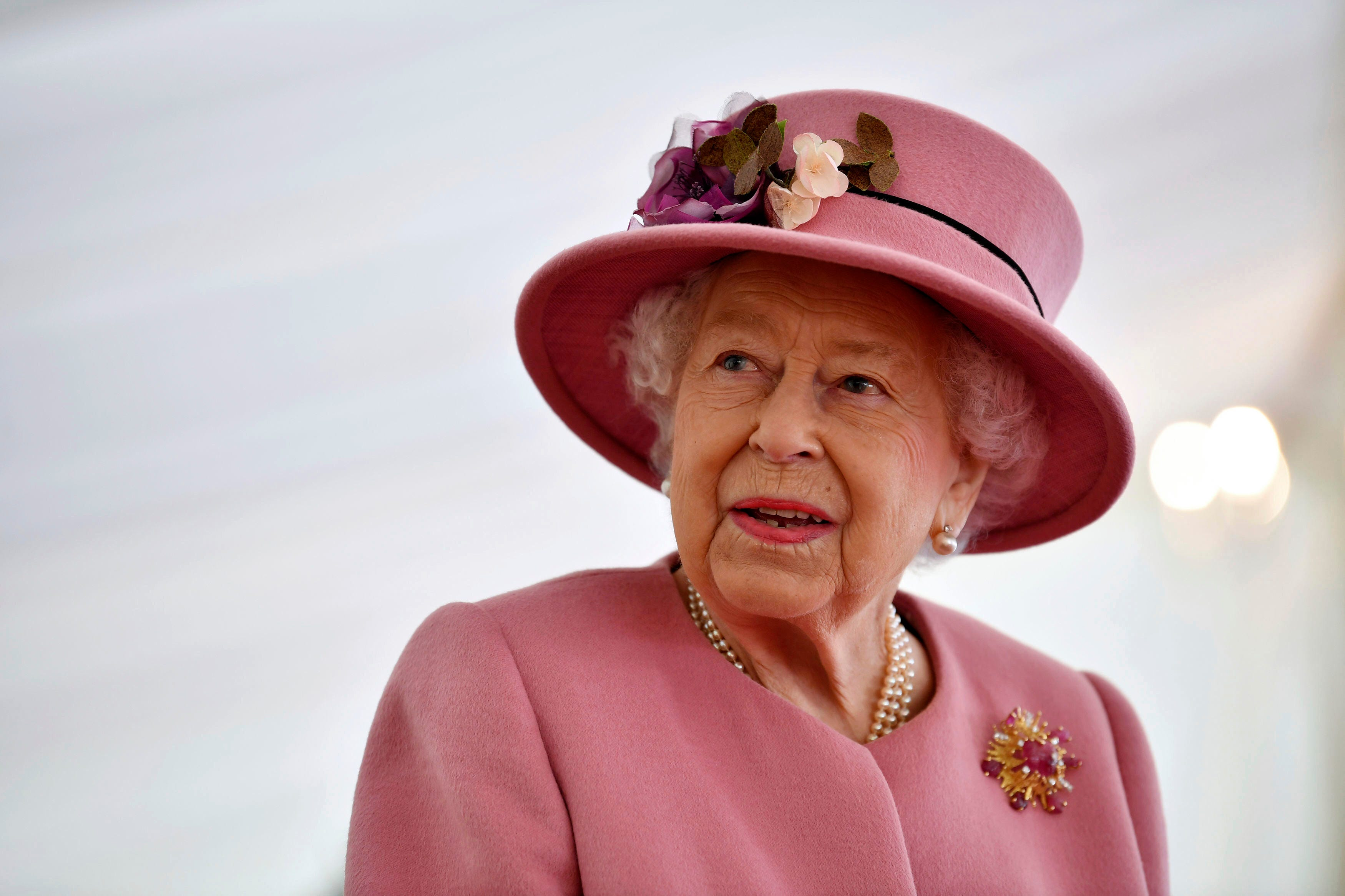 Cheers! Queen Elizabeth launches a gin with ingredients from her own garden