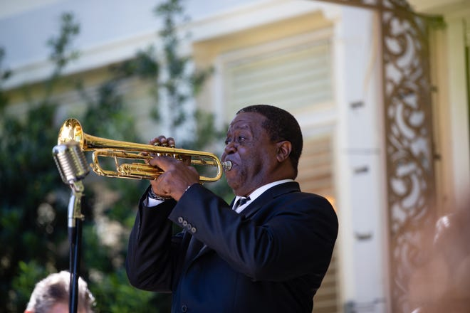 Troy Anderson will pay homage to Louis Armstrong in a Sunday outdoor concert at the Ann Norton Sculpture Gardens.