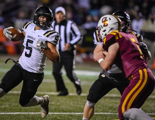 Boonville's Devin Mockobee (5) eyes the defense against Gibson Southern on October 15, 2020. The Navy commit will play in the Blue-Grey All-American Bowl at AT&T Stadium in Dallas on January 18.