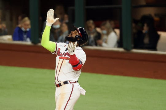 Marcell Ozuna went 4 for 5 in NLCS Game 4 against the Dodgers.