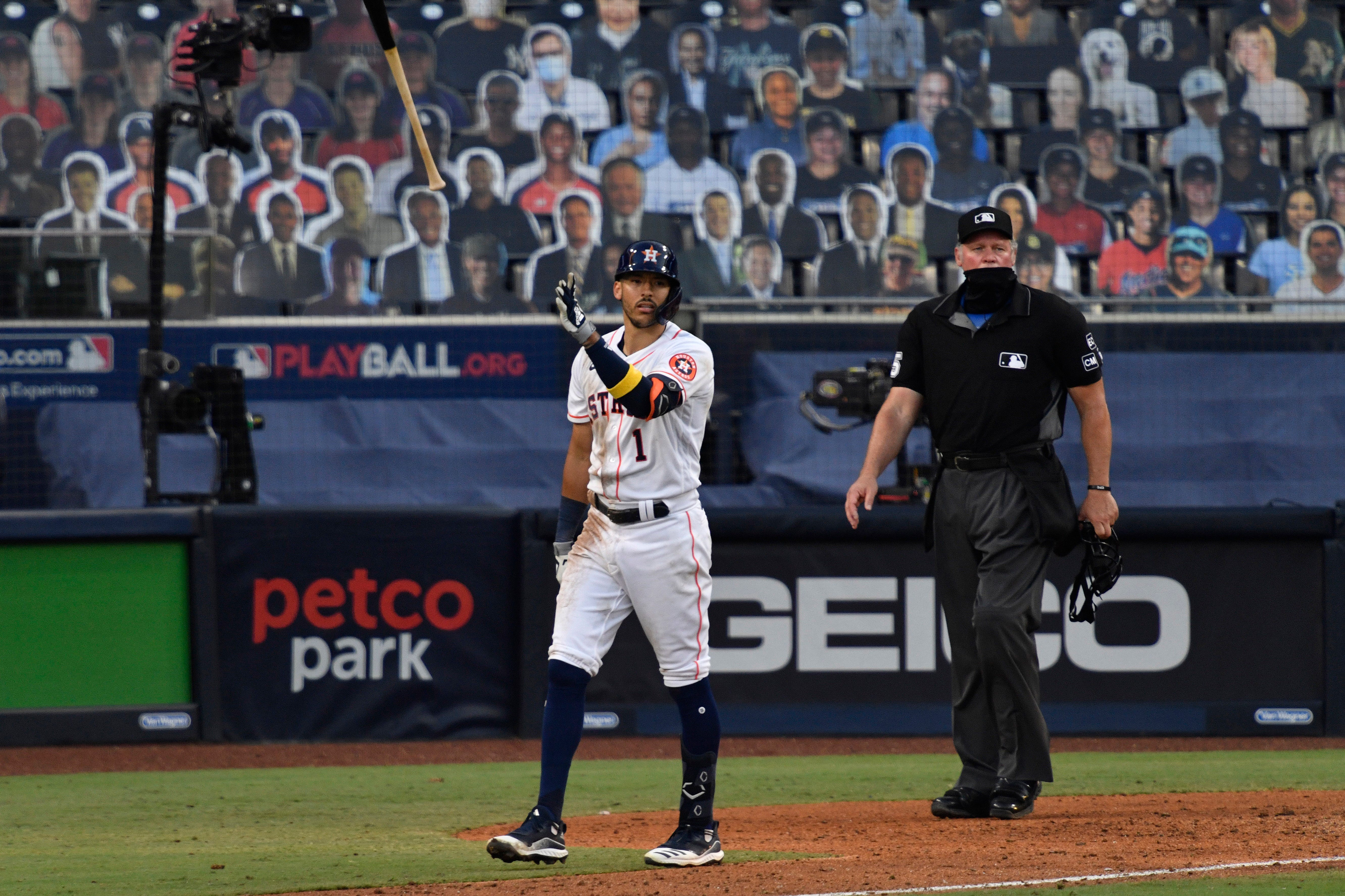 Astros star Carlos Correa calls his shot before walk-off homer in Game 5 against the Rays