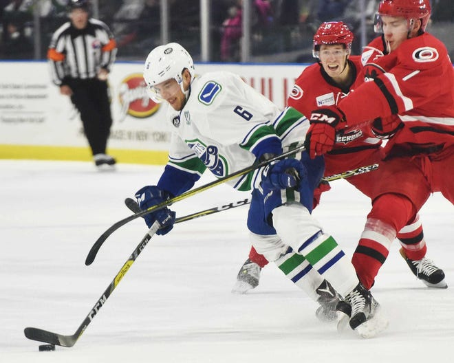Ashton Sautner has played a solid defensive game over the last few seasons. He's played 240 games with the Utica Comets.