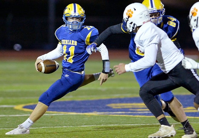 Waynesboro wasted a 14-point lead and gave up three fourth-quarter touchdowns Friday as East Pennsboro pulled off the 40-28 comeback victory on Friday, Oct. 16, 2020.