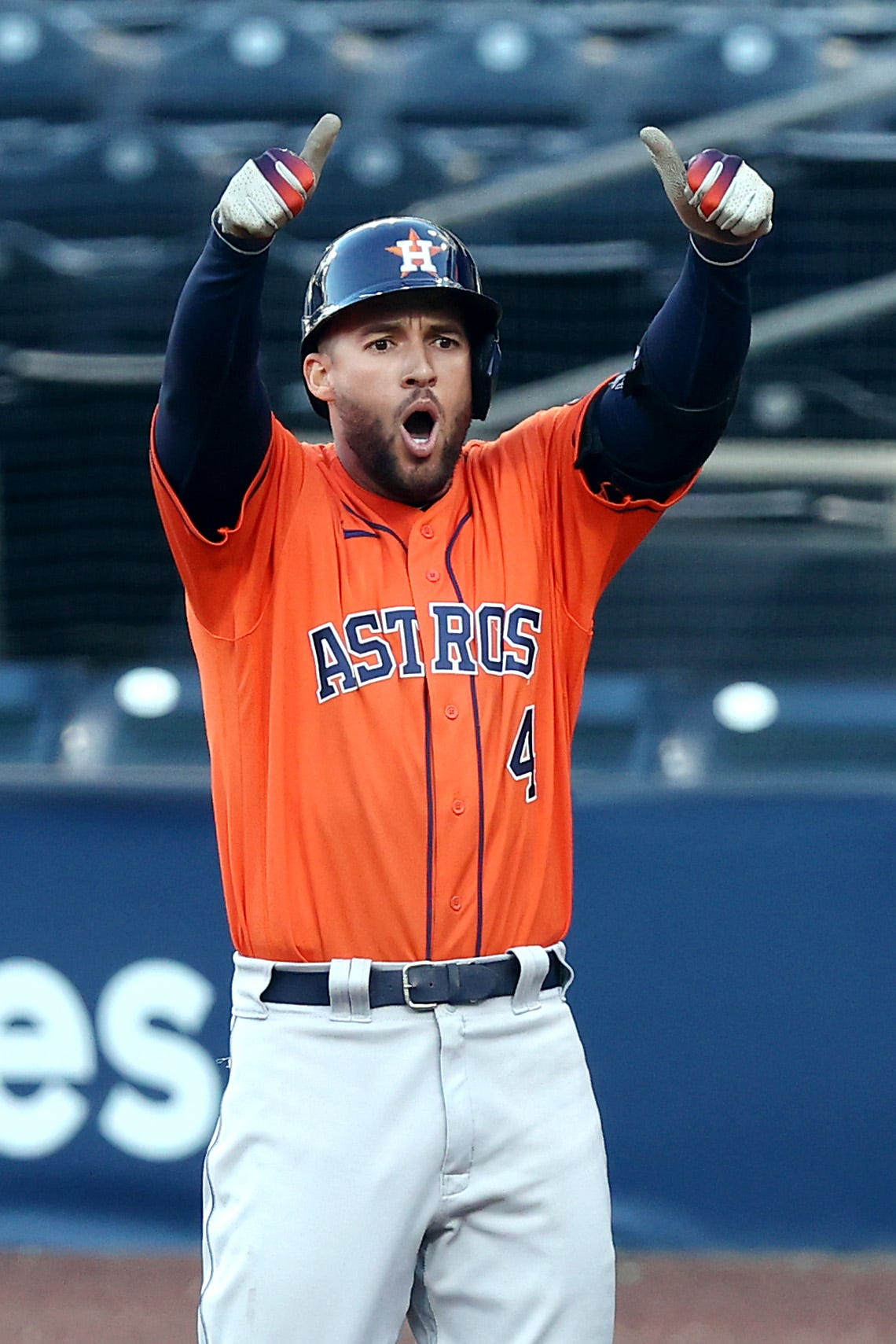 Trailing 3 games to 0, Astros even ALCS with 7-4 win to force Game 7 against the Rays